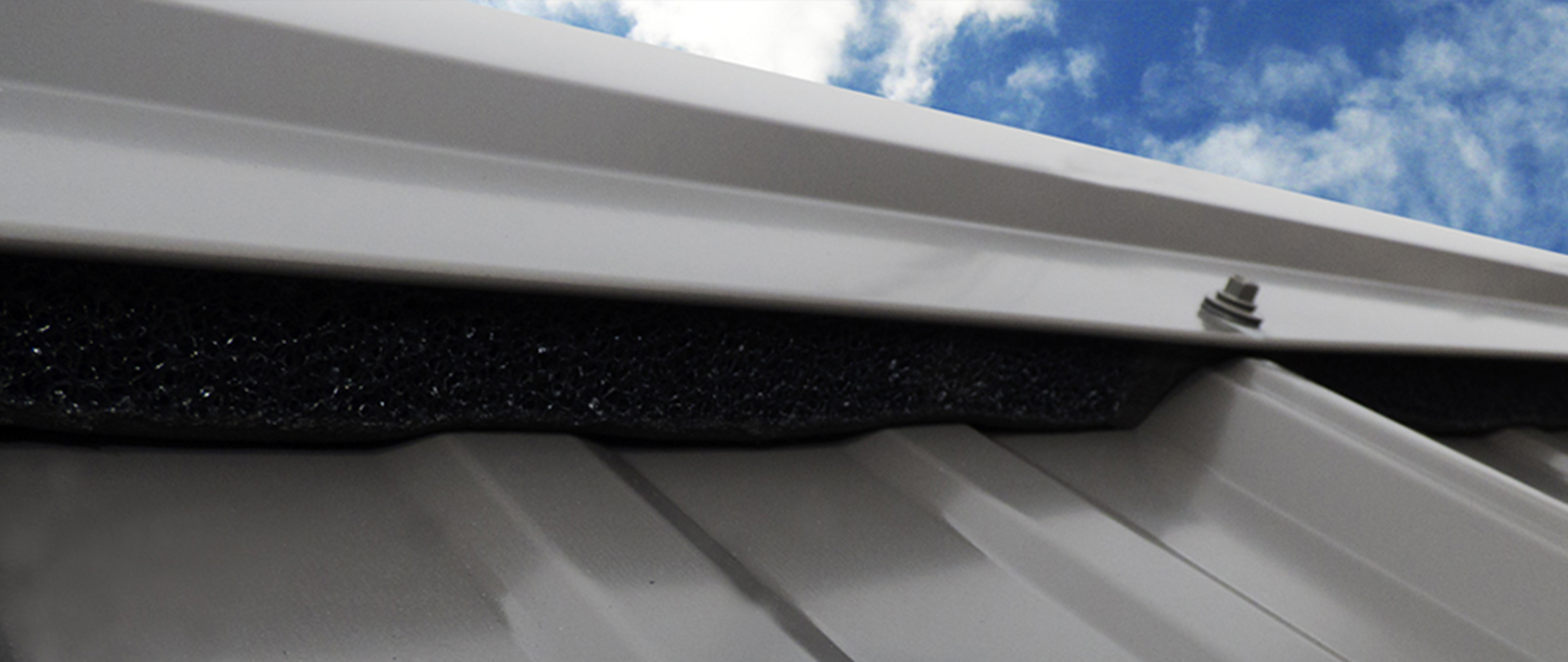 Fastvent Plus vented closure on metal roof